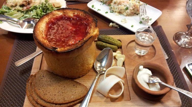 3 оригинальных и быстрых супа из тушенки