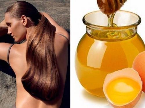 Простая масkа с медом и яйцом для волос.