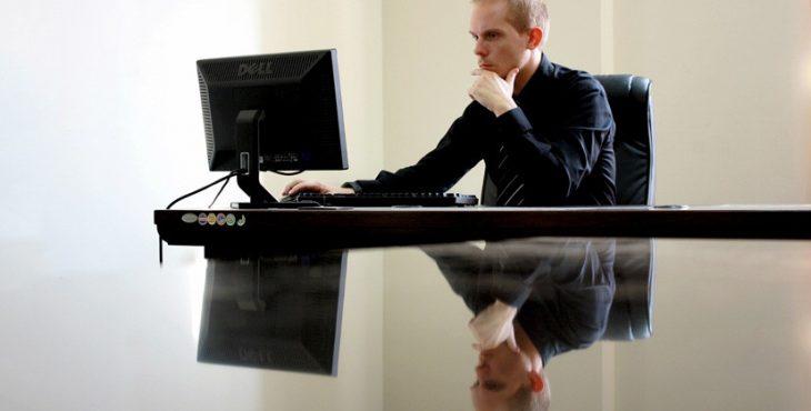 Дипломированный терроризм: ИГ пытается вербовать в России переводчиков и программистов