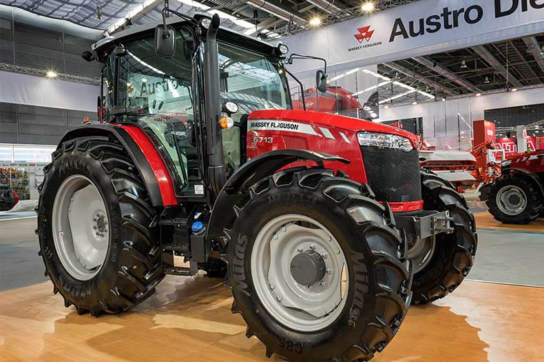 США и Россия создали новый трактор в обход санкций