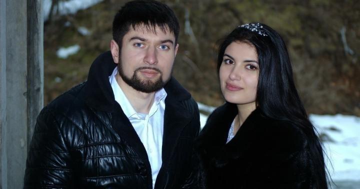 Цыганская пара потрясающе спела песню Максима Фадеева и Наргиз!