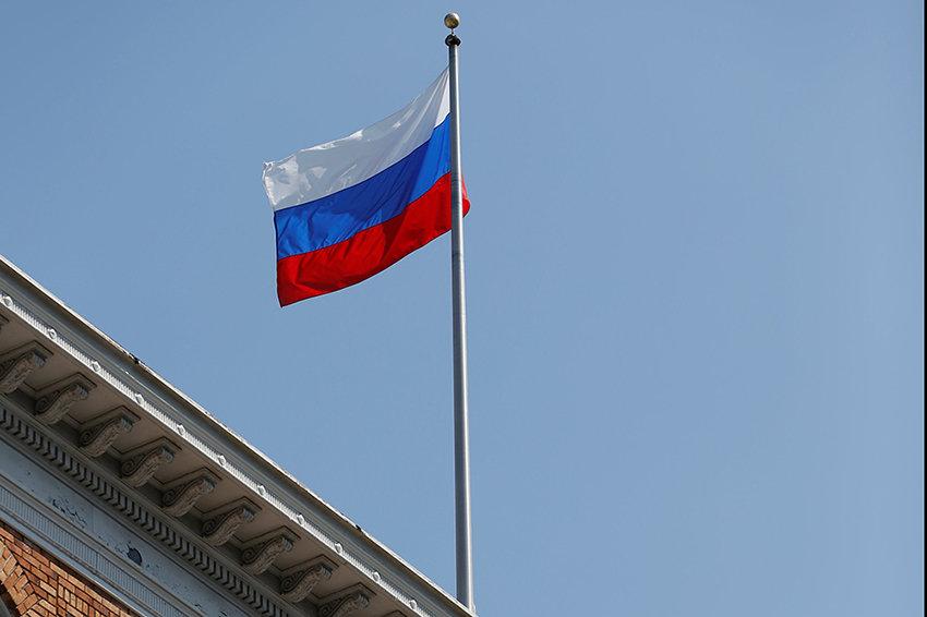 """Госдеп: Власти США снимали российские флаги с """"большим уважением"""""""