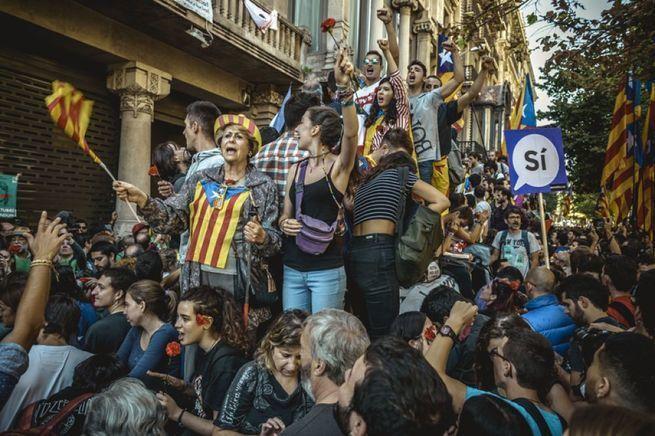 Каталонская коррида: народ кричит, ЕС молчит, в подвалах бандерильи точат