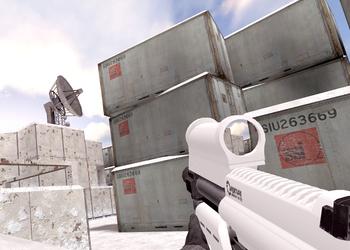 После четырех лет разработки вышла игра Half-Life 2: ICE