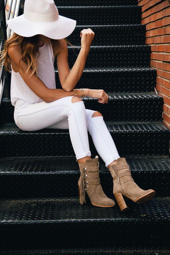 Как носить белые джинсы летом. 15 модных идей