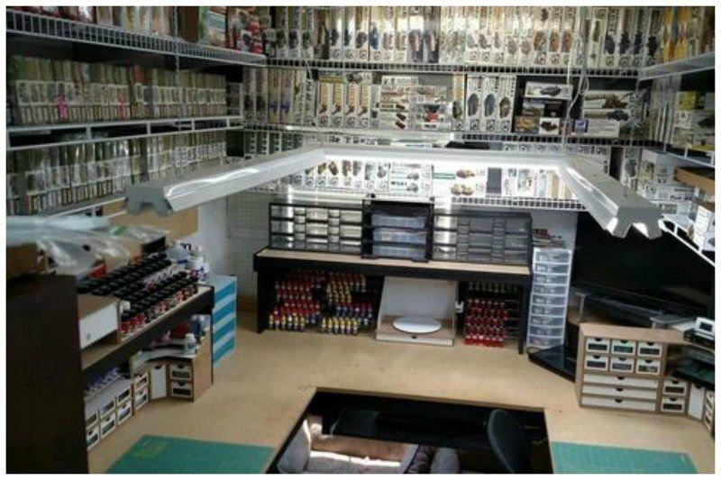 9. «Магазин» – первое, что приходит в голову при взгляде на этот гараж. Его владелец точно знает толк и в запасах, и организации пространства! гараж, идеальный, инструменты, мастерская, перфекционизм, порядок