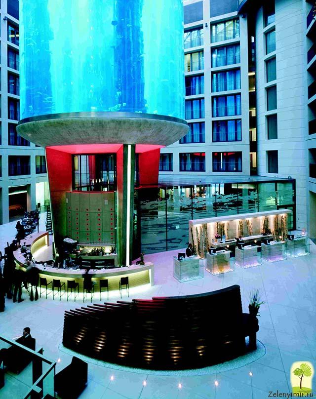 """Самый огромный аквариум в мире - """"Аквадом"""" в Берлине, Германия - 20"""