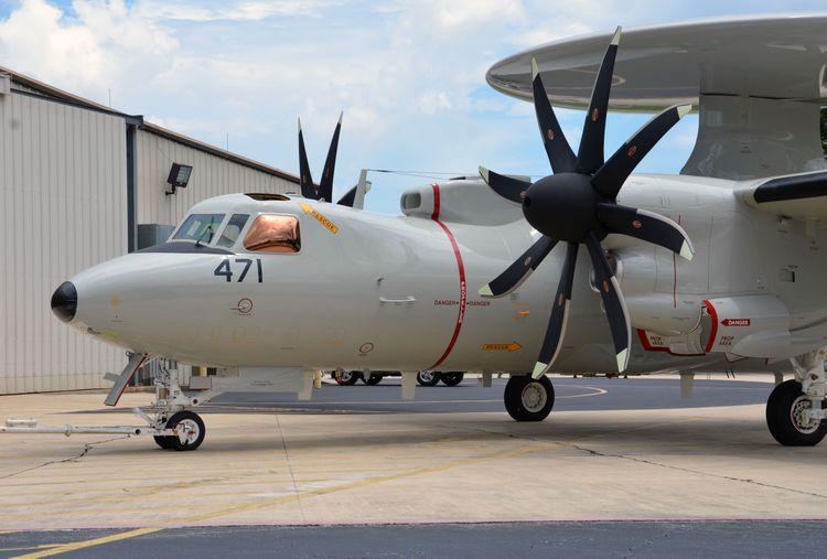 Япония приобретет еще девять самолетов ДРЛО и управления E-2D