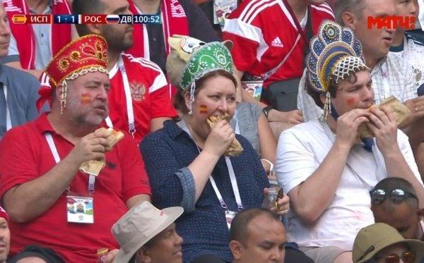 «Фанатов в кокошниках» пригласили на четвертьфинальный матч в качестве талисманов сборной России