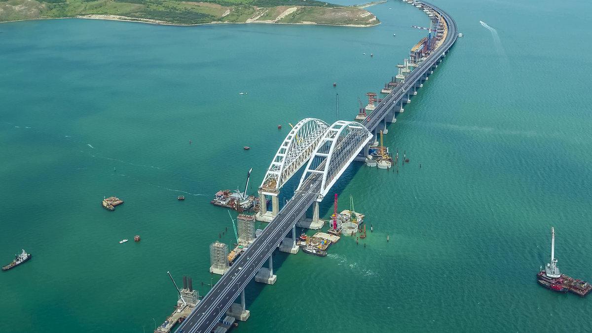 Госдума приняла закон об обеспечении безопасности Крымского моста Росгвардией