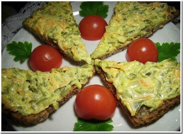 Мужчины точно оценят: закуска из жареных соленых огурцов