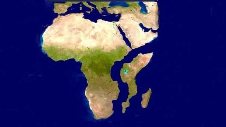 Гигантская трещина в Кении с…