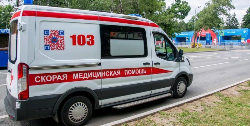 Беззубый и весь в ранах: в Зеленограде пациент не доехал до больницы