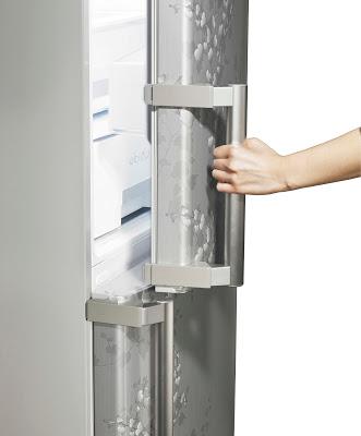 Что лучше хранить в дверце холодильника?