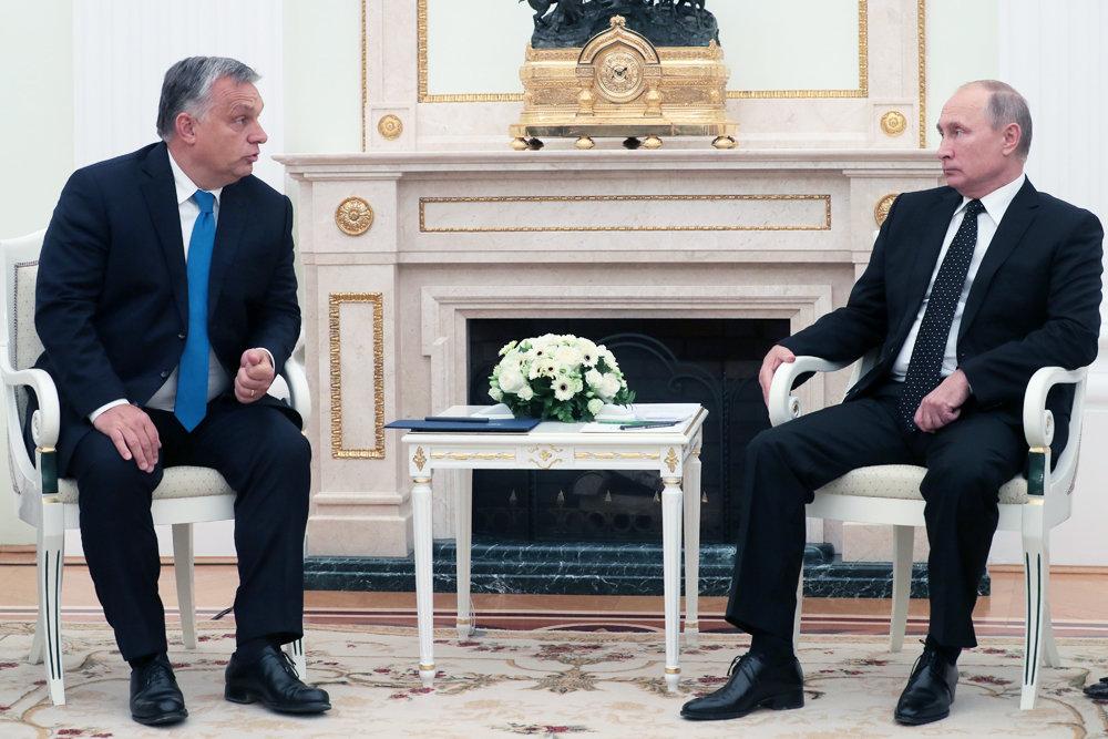 Путин и Орбан обсудили в Кремле вопросы сотрудничества