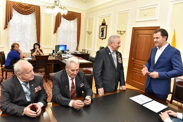 И.о. мэра Ярославля Владимир Волков встретился с активистами ветеранских организаций