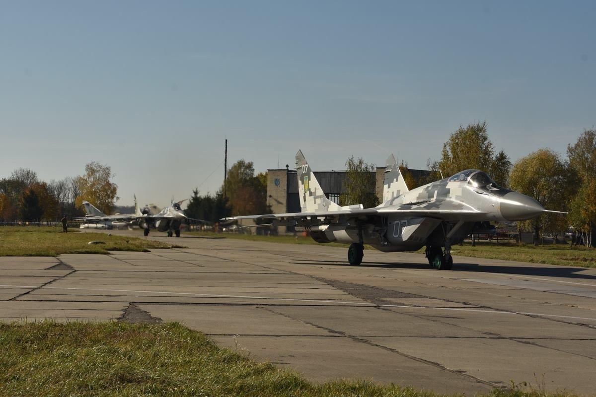 Украинская авиация отлеталась: причина крушения Су-27 на Украине – не только в старых самолетах