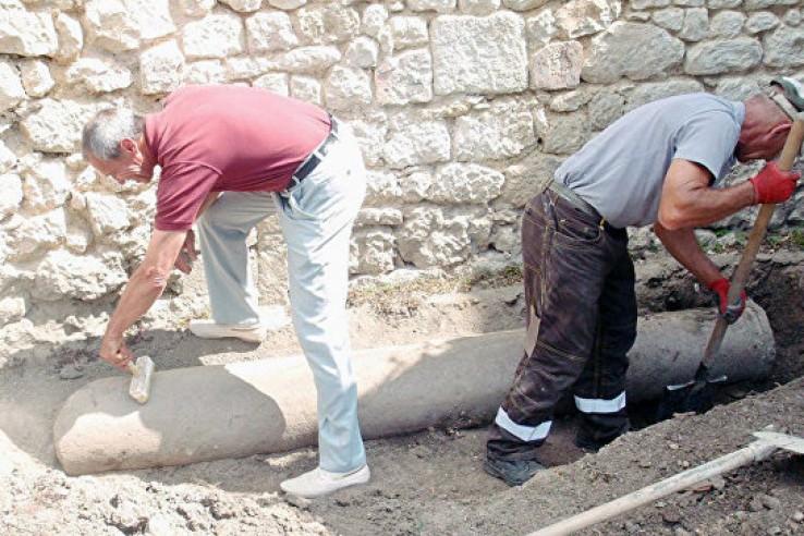 При реставрации в Ханском дв…
