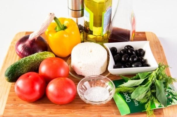 Как приготовить греческий салат в домашних условиях
