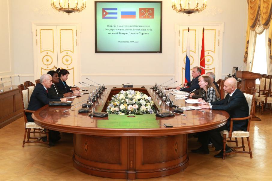 Петербург и Кубу свяжет фармацевтическая отрасль