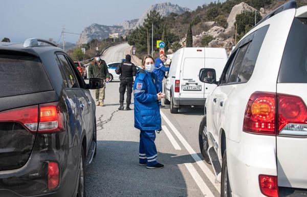 Блокпосты на въезде в Севаст…