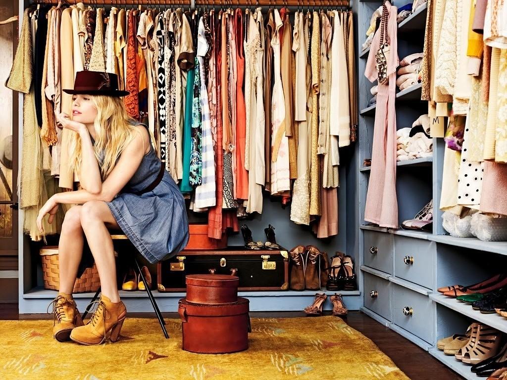 Правило пирамиды в составлении гардероба