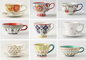 Чашки с разными рисунками и различной формы
