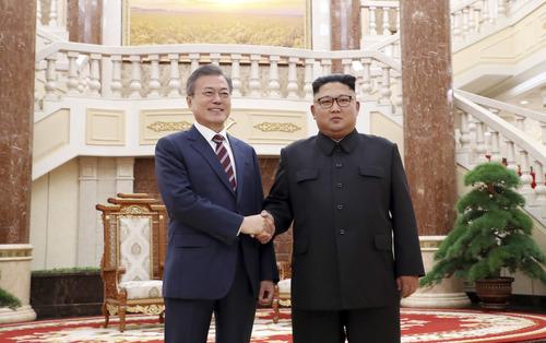 Южная Корея и КНДР по итогам саммита подписали соглашение в военной сфере