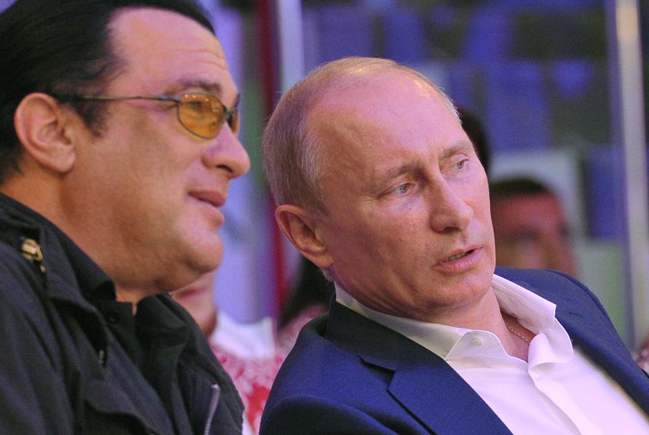 В МИД РФ назвали скрытые причины антироссийской истерии в США
