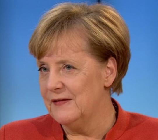Политолог прокомментировал одобрение Ангелой Меркель действий России в Сирии