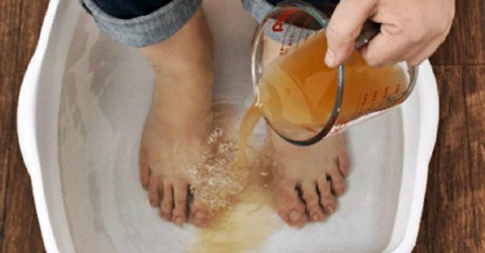 Детоксицируйте ваше тело полностью через ноги. Вот как