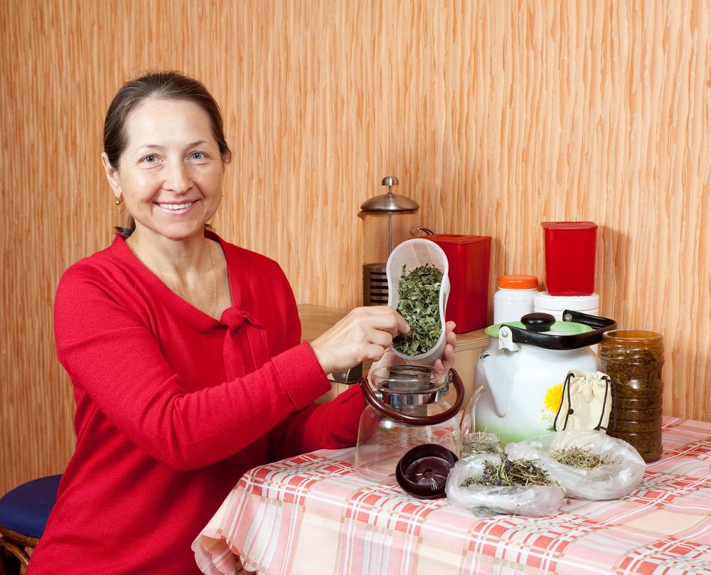 Когда старость на пороге: омолаживающие чаи