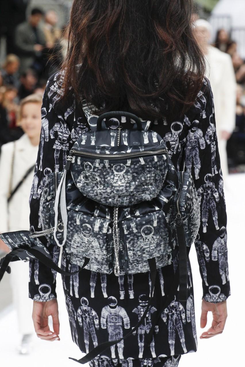 Женские рюкзаки: неотъемлемый атрибут активной леди. Часть 2