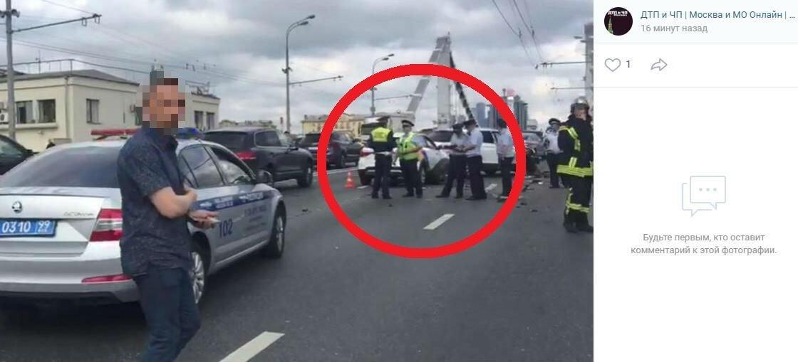 Семь автомобилей столкнулись…