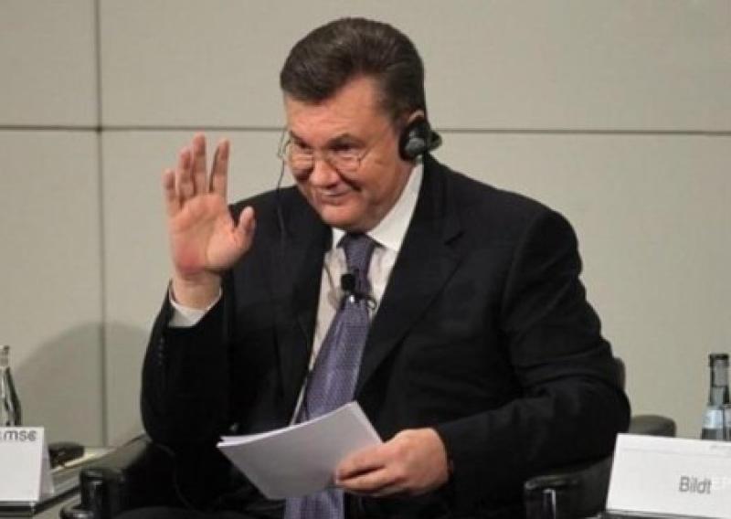 Суд по делу Януковича запретил допрос Азарова, Клюева и Захарченко