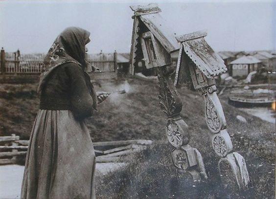 Почему православных хоронят головой на запад, а крест ставят в ногах