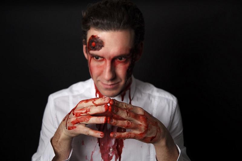 5 признаков того, что ты общаешься с полным психопатом!