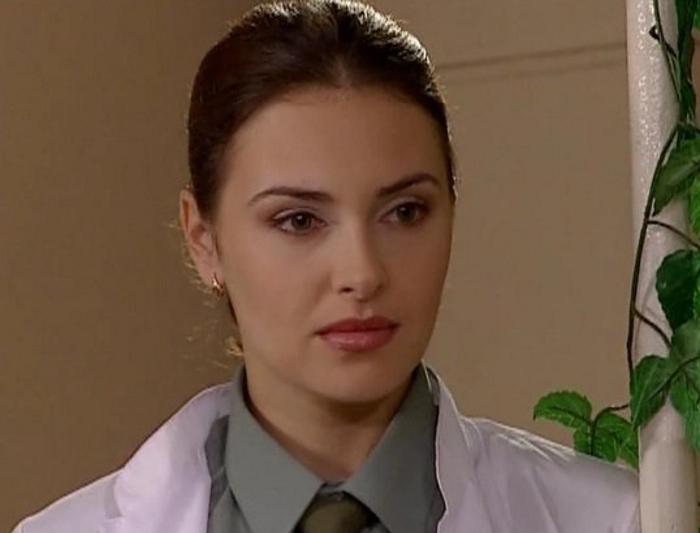 Все ее помнят как медсестру Иру из «Солдатов». Но кто на самом деле актриса Ольга Фадеева и где она сейчас