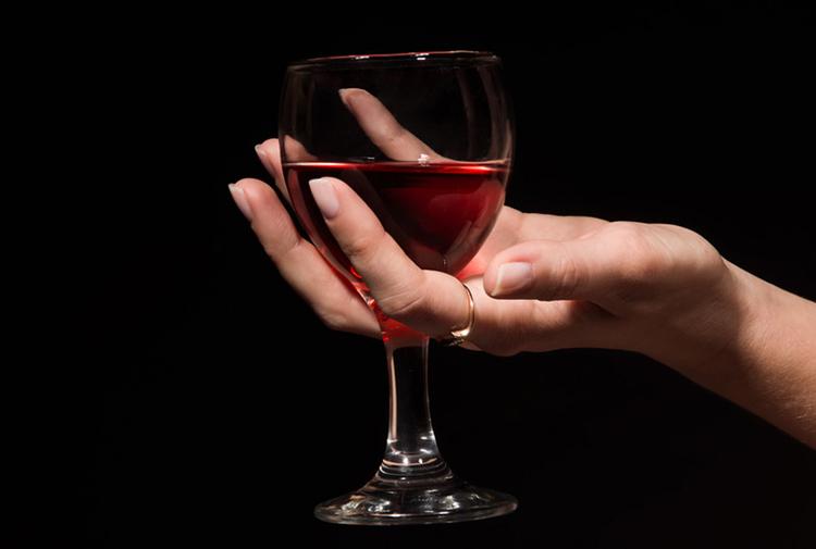 Ученые выяснили что алкоголь может быть полезен после 50 лет