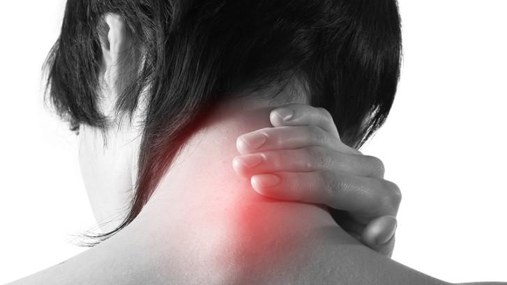 Устраните горбину за шеей и выведите соли. Научитесь делать это правильно, без вреда здоровью.