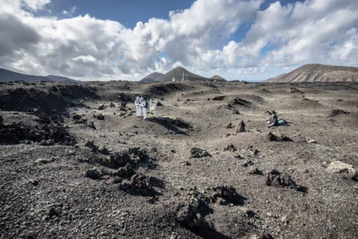 Подготовка к лунным миссиям пройдет на поверхности вулканов