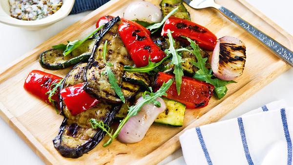 Салат из овощей, запеченных …