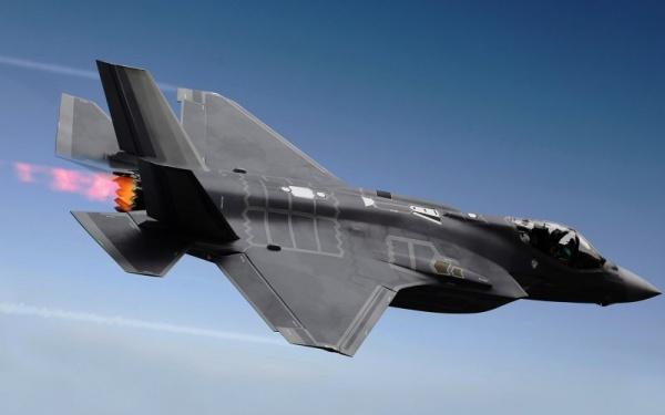 США могут отказаться отпоставок вТурцию истребителей F-35 из-за С-400