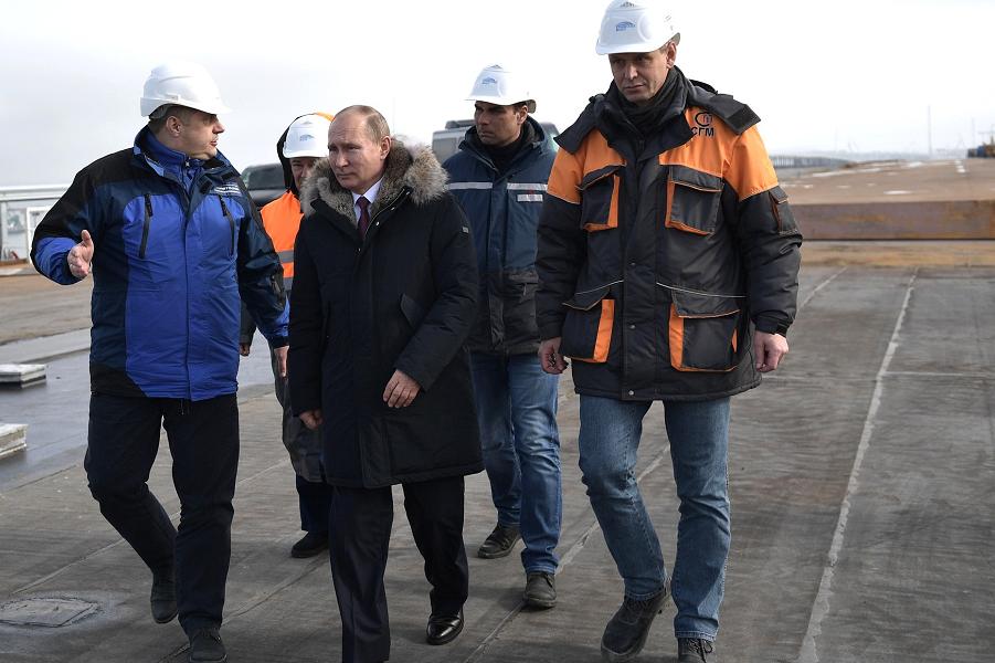 Готовится блокада Крымского моста