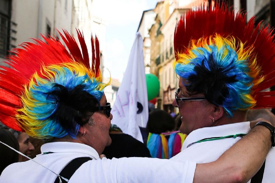 """Подскажите, что такое загадочные """"права гомосексуалистов""""?"""