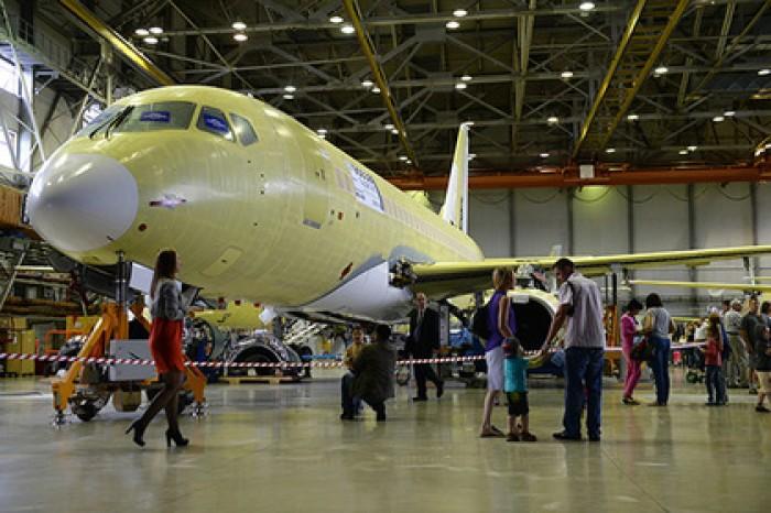 Неполадки разбившегося Ан-148 обнаружили у Sukhoi Superjet 100