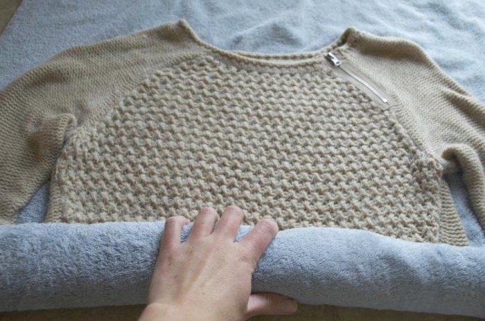 Как вернуть севшему свитеру прежние формы