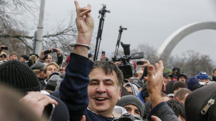 """""""Михомайдан"""" с американским приветом: замены Порошенко хотят в США противники Трампа"""