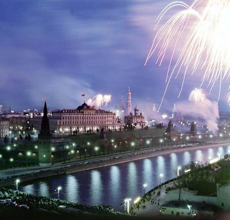Ушедшая в ИСТОРИЮ СТРАНА : Начало брежневской эпохи: СССР 1965 года в цвете