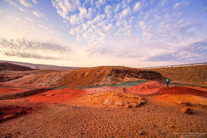 Выглядит как пейзажи Перу или Китая. Это цветной песок в пустыне Негев Израиль, красиво, красивые места, природа, страны, страны мира, фото, фотограф